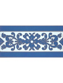 Sevillian relief tile MZ-033-41